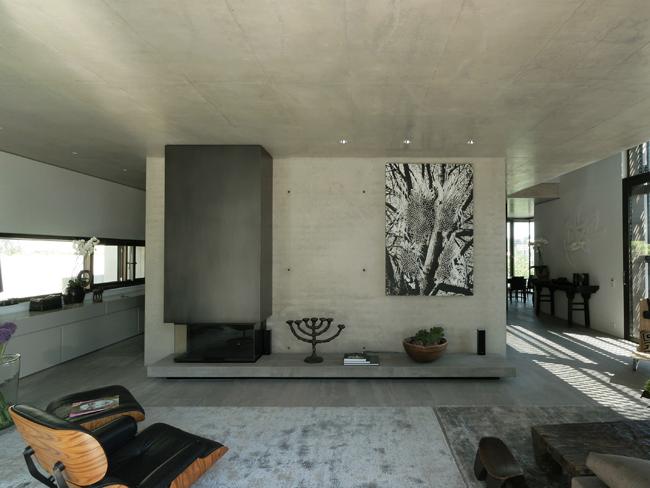 einfamilienhaus in stuttgart detail inspiration. Black Bedroom Furniture Sets. Home Design Ideas