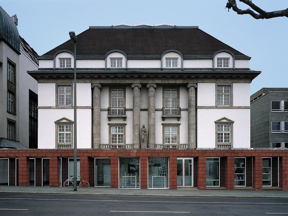 Bericht deutsches architekturmuseum in frankfurt am main for Frankfurt architekturmuseum